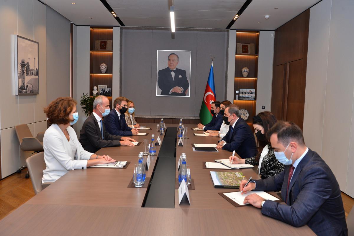 Azerbaijani FM receives ICRC Vice President