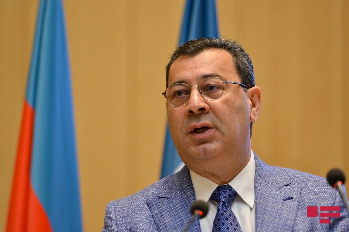 Samed Seyidov