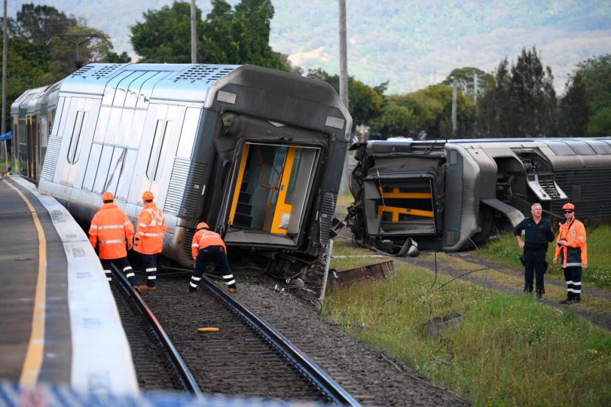 Australian passenger train derails