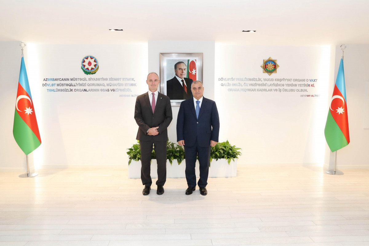 ICRC vice-president Gillies Carbonnier, Azerbaijan's SSS chief Ali Naghiyev