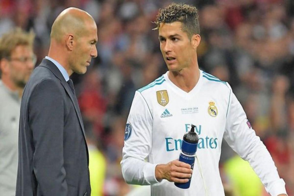 """Ronaldo """"Mançester Yunayted""""in baş məşqçisi postuna Zidanı məsləhət görüb"""