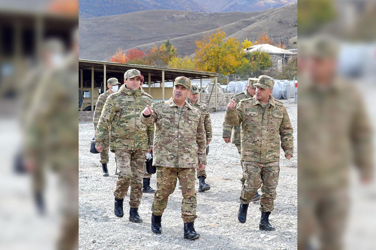 Закир Гасанов посетил воинские части в Кяльбаджарском и Лачинском районах