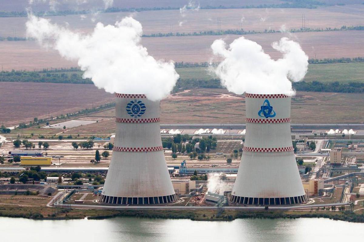 Второй энергоблок Ростовской АЭС остановили из-за утечки пара