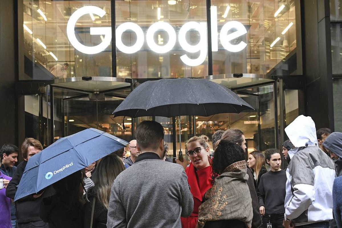 Google, Facebook, Twitter fail to delete around 5,500 files with banned information