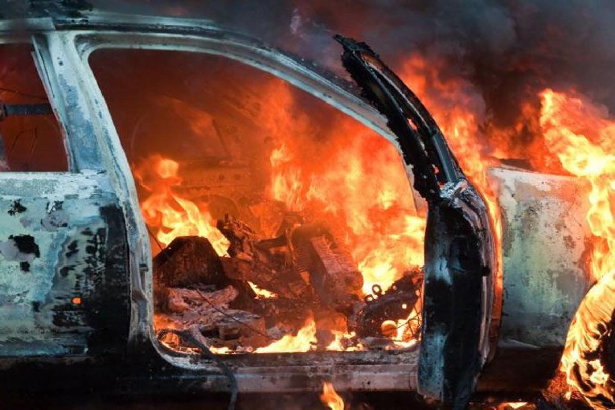 В Абшеронском районе сгорел автомобиль