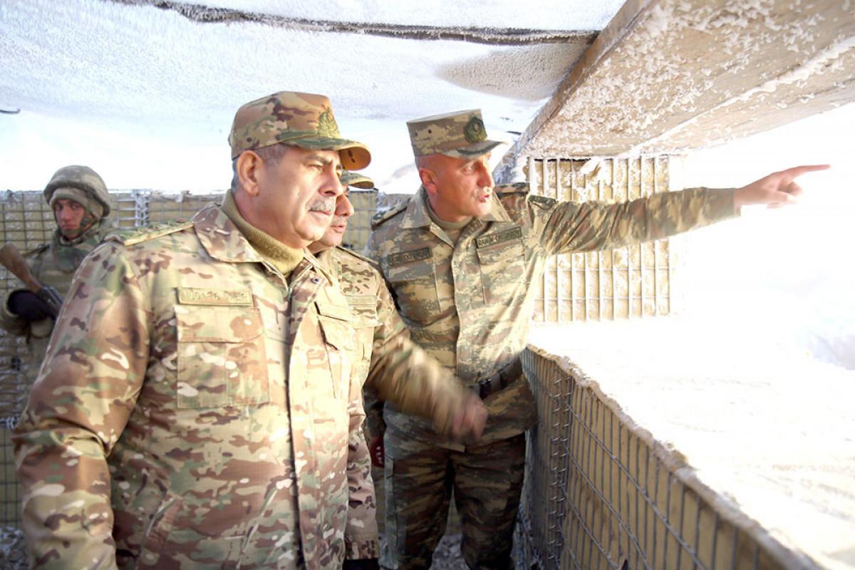 Закир Гасанов посетилбоевые позиции в Кяльбаджаре и Лачине