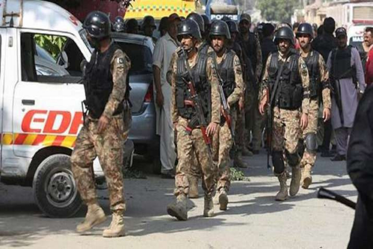 Three Pakistani police killed in clashes with banned Islamists