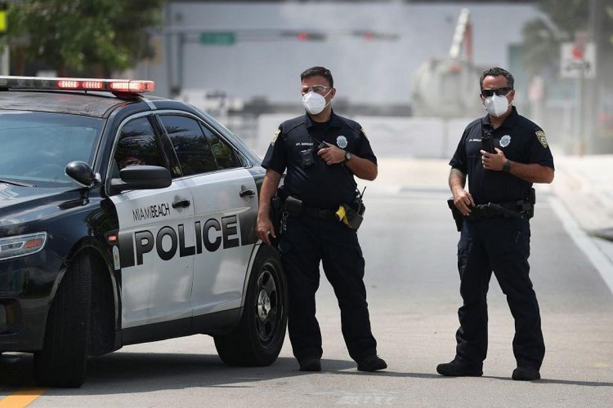 ABŞ-da atışma nəticəsində iki polis zabiti yaralanıb