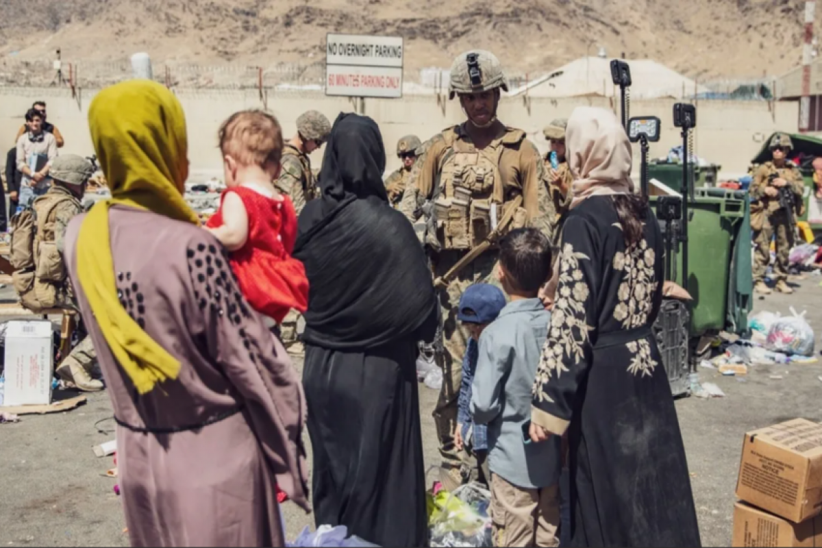 CNN: в Афганистане остаются более 350 граждан США