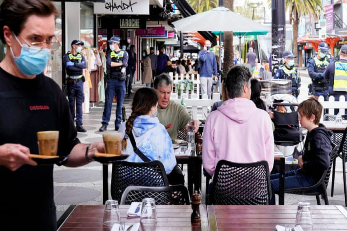 Melbourne celebrates end of lockdown amid concerns about rising Covid cases