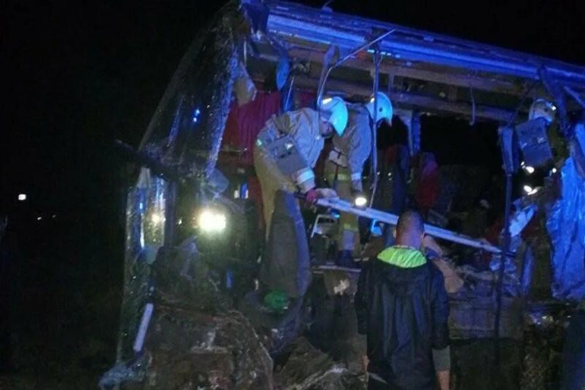 Rusiyada yük maşını ilə sərnişin avtobusunun toqquşması nəticəsində 5 nəfər ölüb