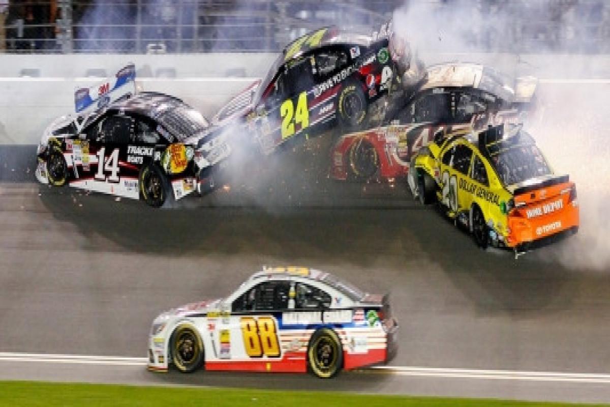 ABŞ-da avtomobil yarışları zamanı 2 uşaq ölüb, 8 nəfər yaralanıb