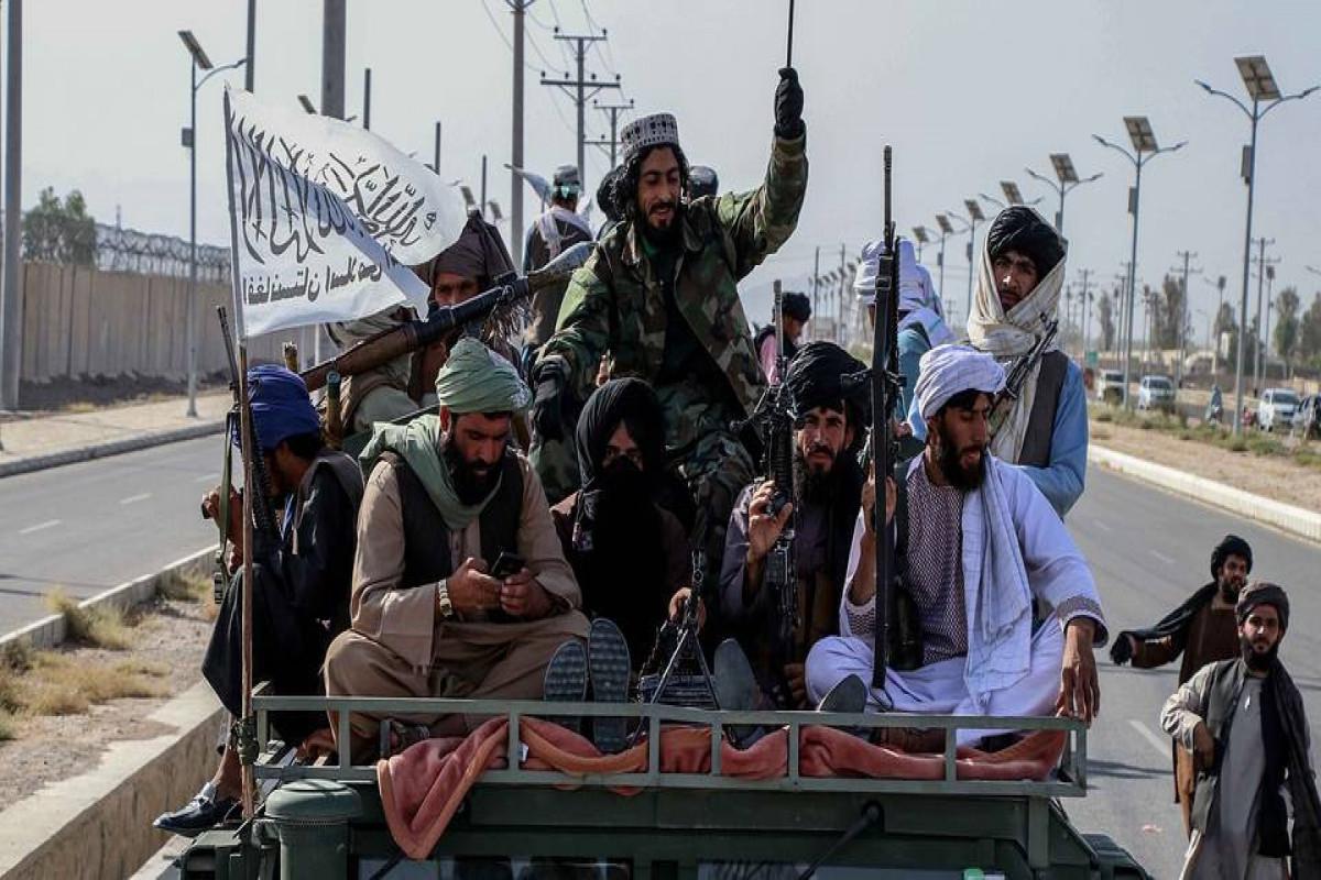 50 боевиков ИГ сдались сформированным талибами властям в Нангархаре