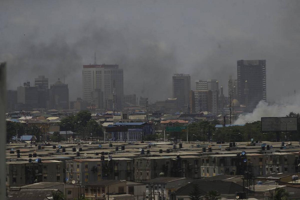 Nigeriyada neft emalı zavodunda partlayış nəticəsində 25 nəfər ölüb