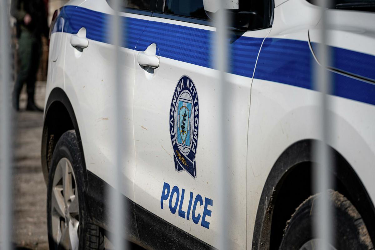 СМИ сообщили об аресте семи греческих полицейских, застреливших человека