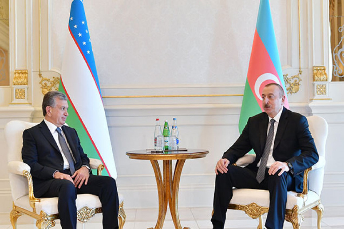 Özbəkistan Prezidenti Şavkat Mirziyoyev, Azərbaycan Prezidenti İlham Əliyev