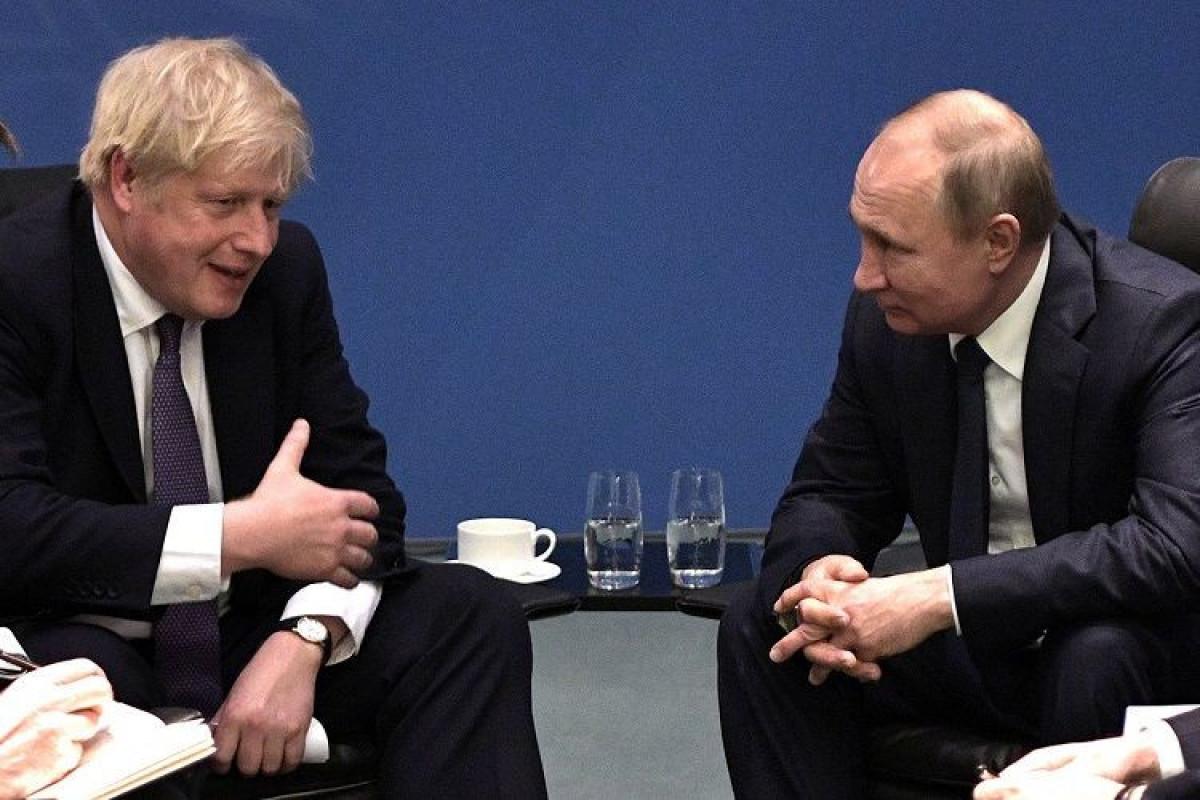 Boris Conson və Vladimir Putin arasında telefon danışığı olub