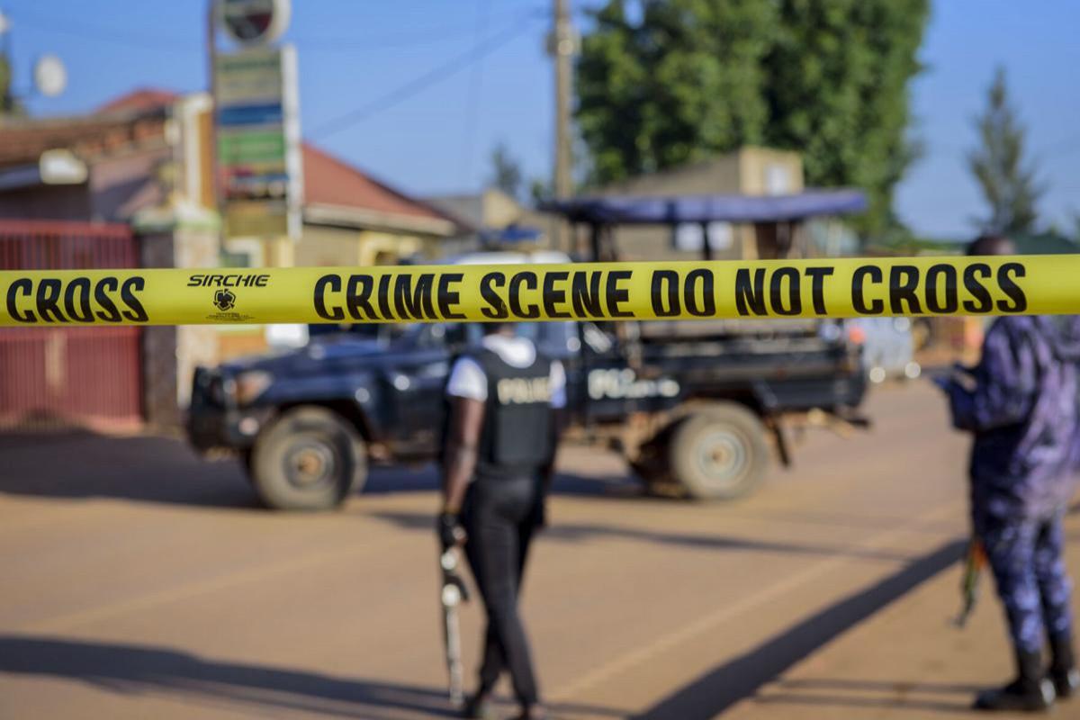 Explosion on bus kills 2 in central Uganda