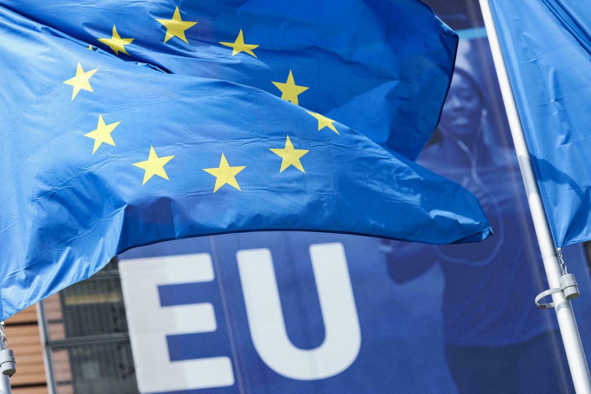 Avropa Komissiyası qaz və elektrik enerjisi qiymətlərinin ayırmasını dəstəkləyib