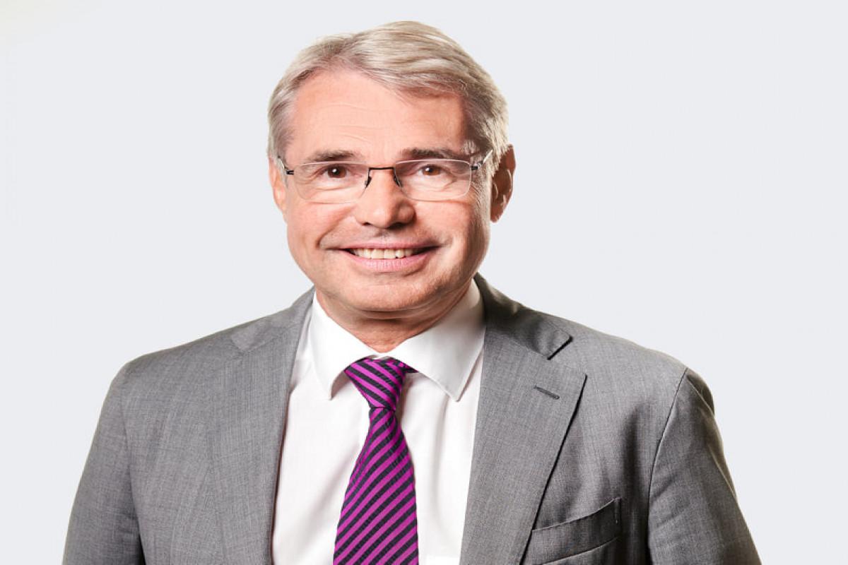 Bundestaqın deputatı Carl-Julius Cronenberg
