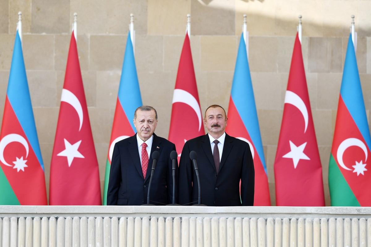 Azerbaijani President Ilham Aliyev with Turkish President Recep Tayyip Erdogan