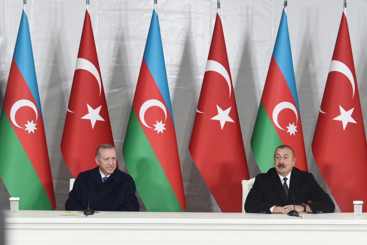 Президент Азербайджана Ильхам Алиев и президент Турции Реджеп Тайип Эрдоган