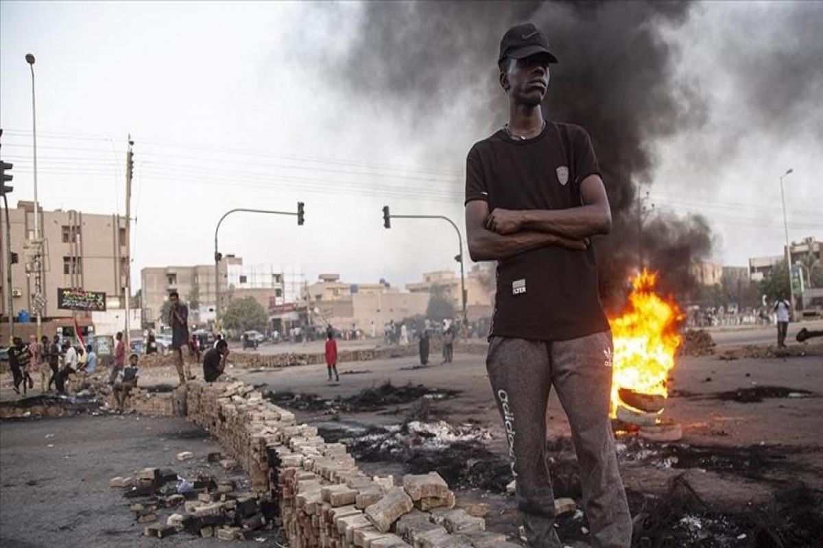 Khartoum airport closed amid demonstrations in Sudan