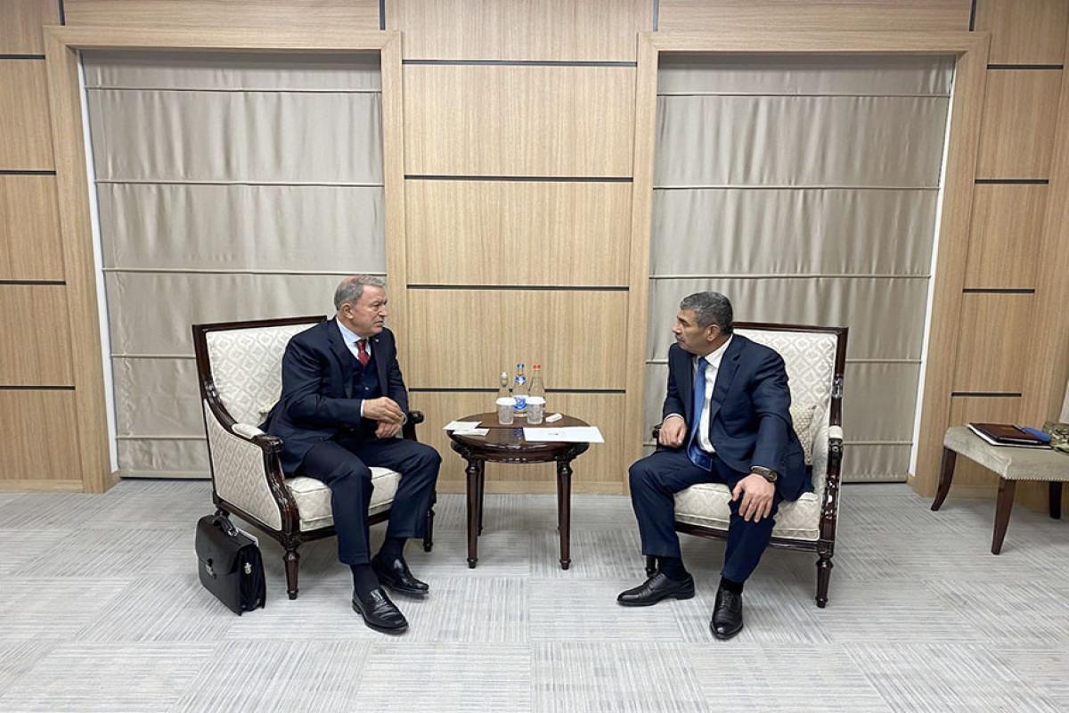 Hulusi Akar və Zakir Həsənov