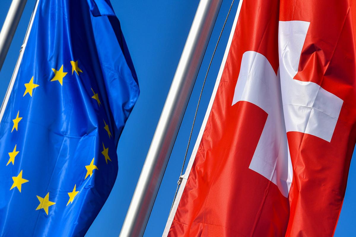 Швейцария ввела санкции против России