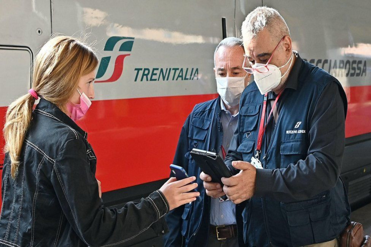 Italian police guard stations as Covid pass on trains begins Published1 hour ago