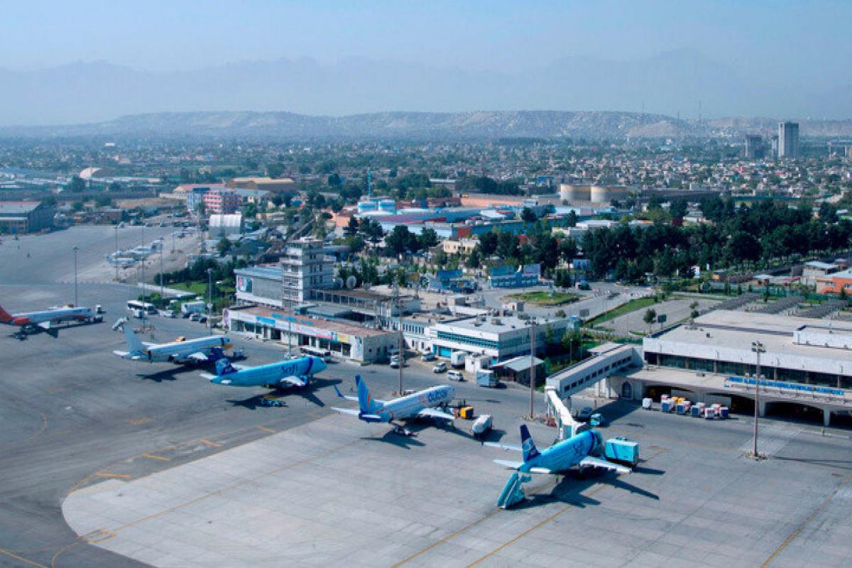 Афганские авиавласти ведут работы в аэропорту Кабула по возобновлению рейсов