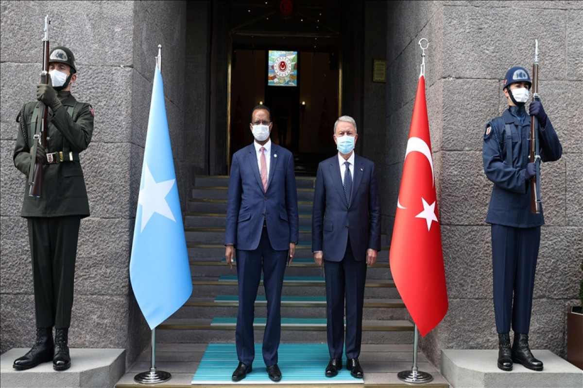 The defense ministers of Turkey and Somalia