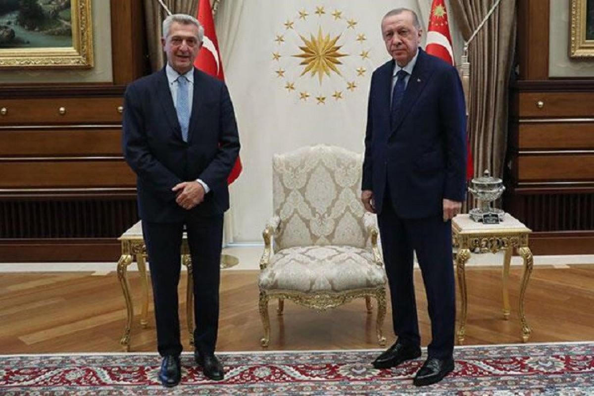 Türkiyə Prezidenti BMT-nin Qaçqınlar üzrə Ali Komissarını Ankarada qəbul edib