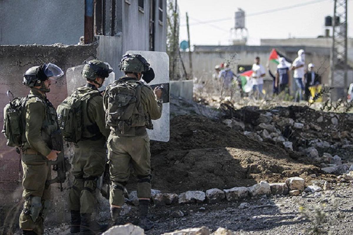 İordan çayının qərb sahilində İsrail əsgərləri ilə toqquşmalarda 100 fələstinli yaralanıb