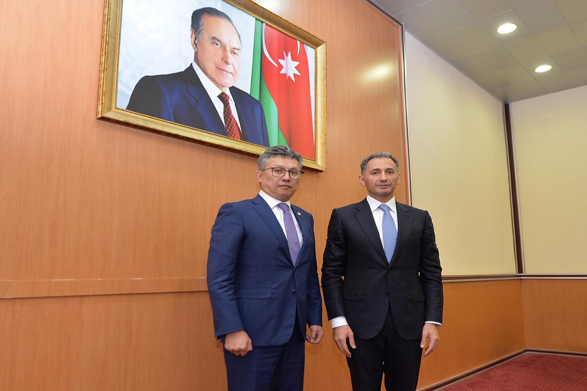 Baxıt Sultanov və Rəşad Nəbiyev
