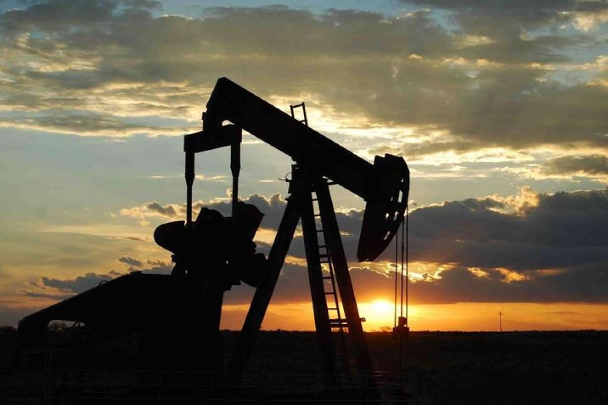 Price of Brent crude oil increases, WTI decreases