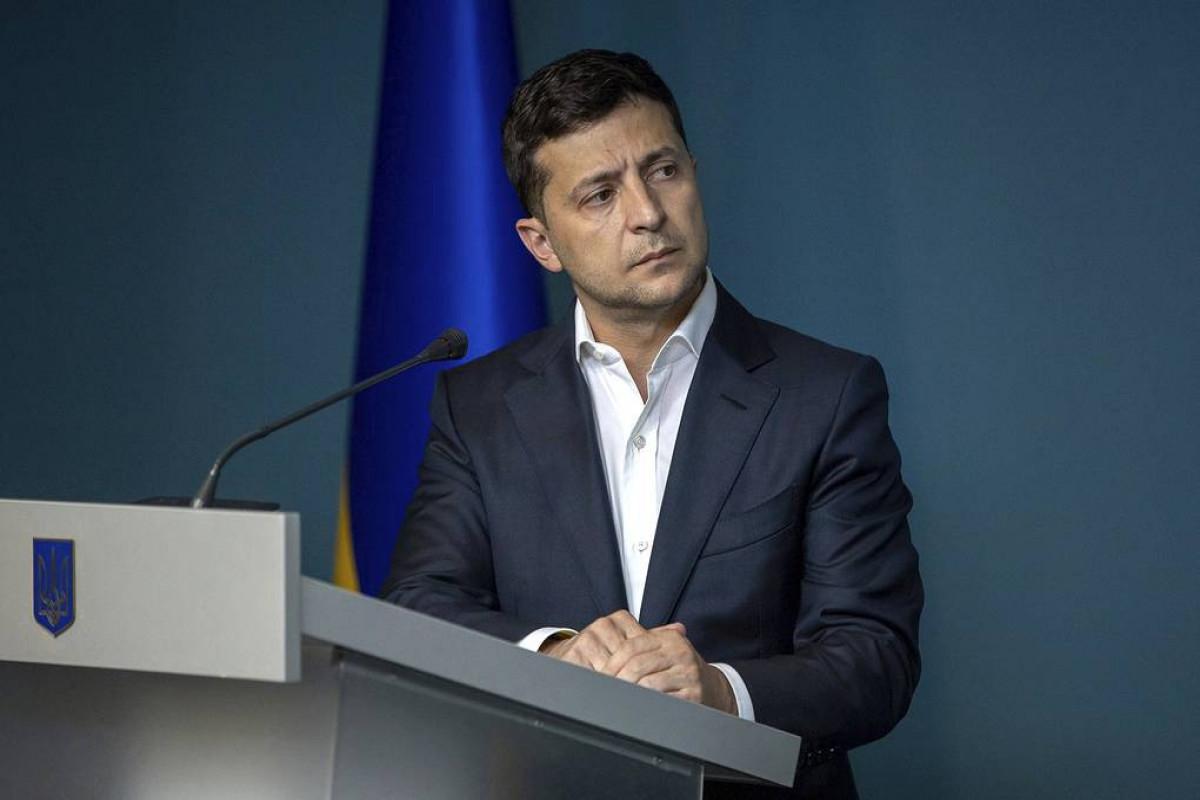 Zelenski Ukrayna və Rusiya arasında müharibə ehtimalını mümkün sayır
