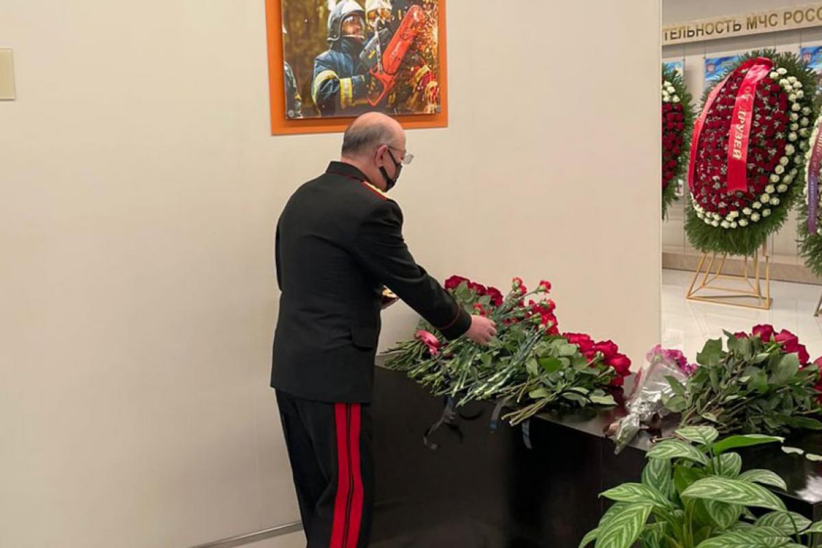 Kamaladdin Heydarov attends farewell ceremony for Russia