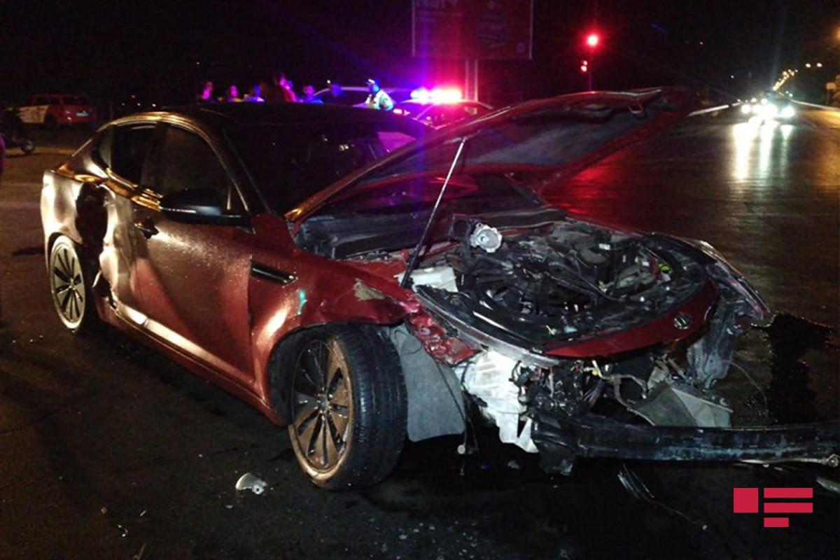 Sumqayıtda iki avtomobil toqquşub, 4 nəfər xəsarət alıb - FOTO  - VİDEO