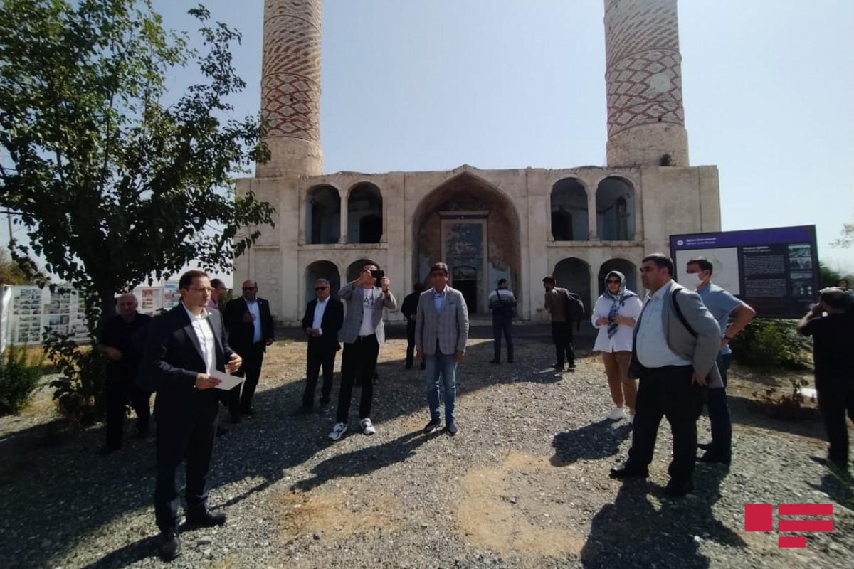 Представители министерств экономики ССТГ совершили визит в Агдам