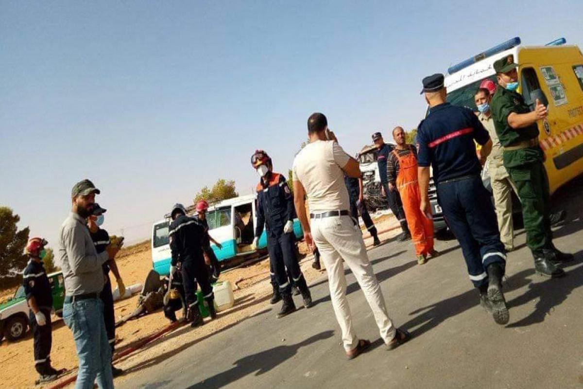 18 человек погибли в ДТП с автобусом в Алжире