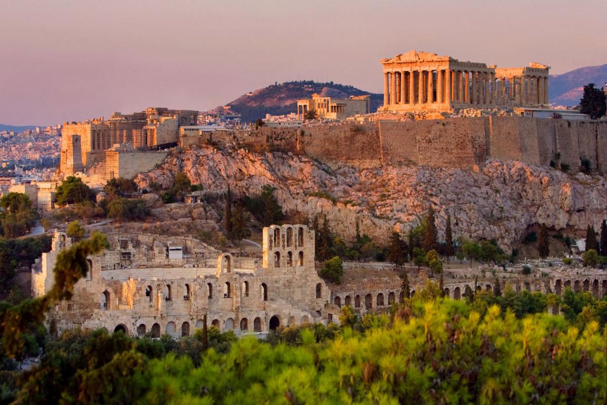 Yunanıstan COVID-19-la bağlı daha 4 mlrd. avro xərcləyəcək