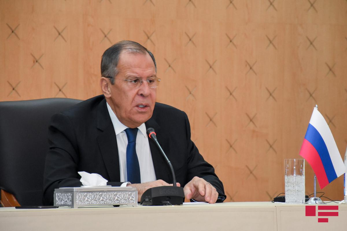 Lavrov Avropa ölkələrini Rusiya peyvəndi ilə bağlı məsələni siyasiləşdirməməyə çağırıb
