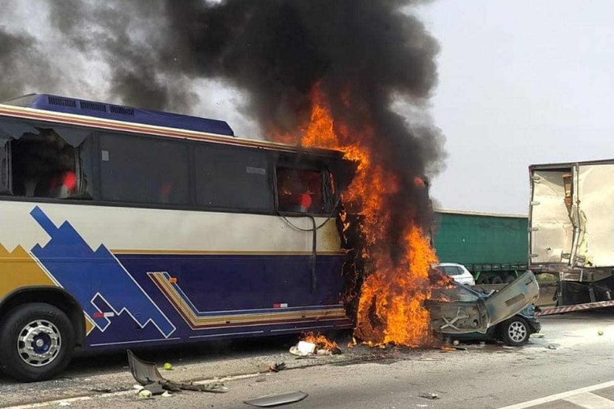 Braziliyada baş vermiş avtoqəza nəticəsində 6 nəfər ölüb