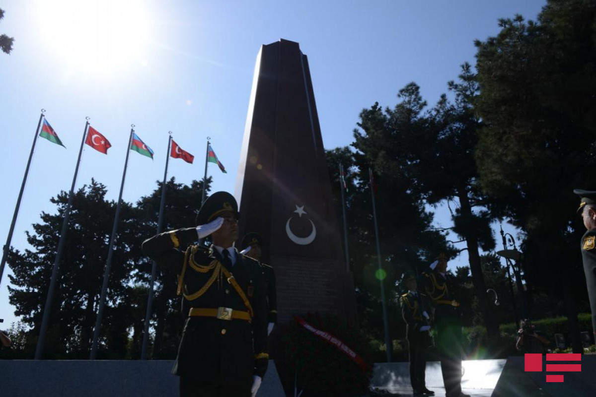 March being held on the occasion of the 103rd anniversary of liberation of Baku from occupation-PHOTO