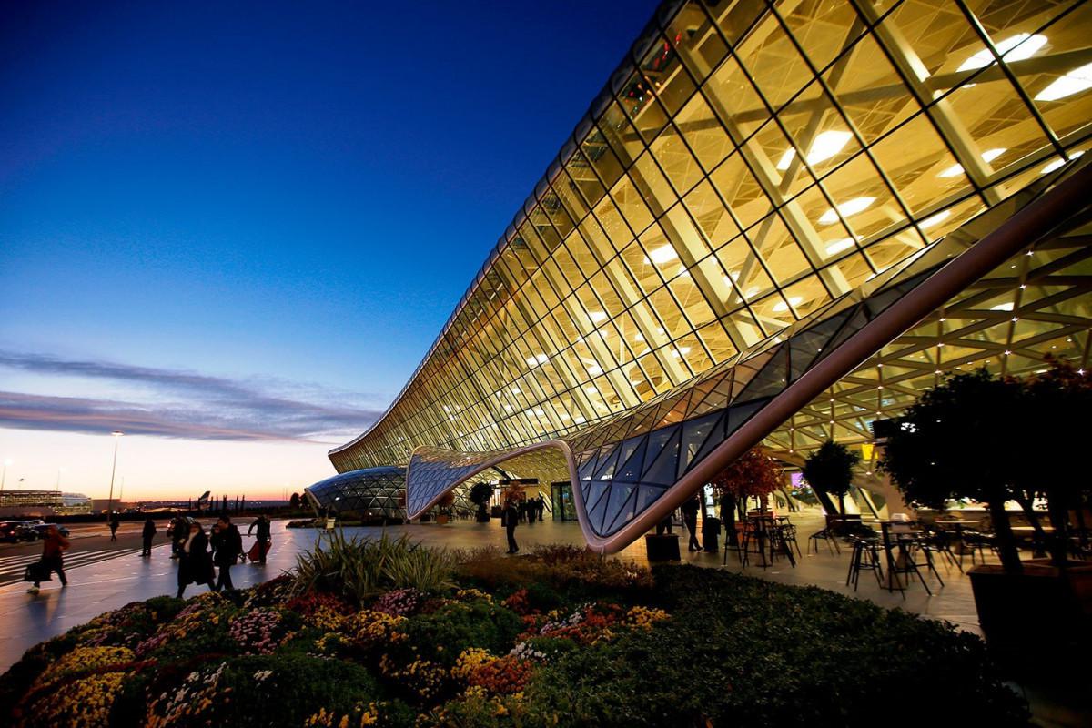 В Азербайджане резко выросли пассажироперевозки воздушным транспортом