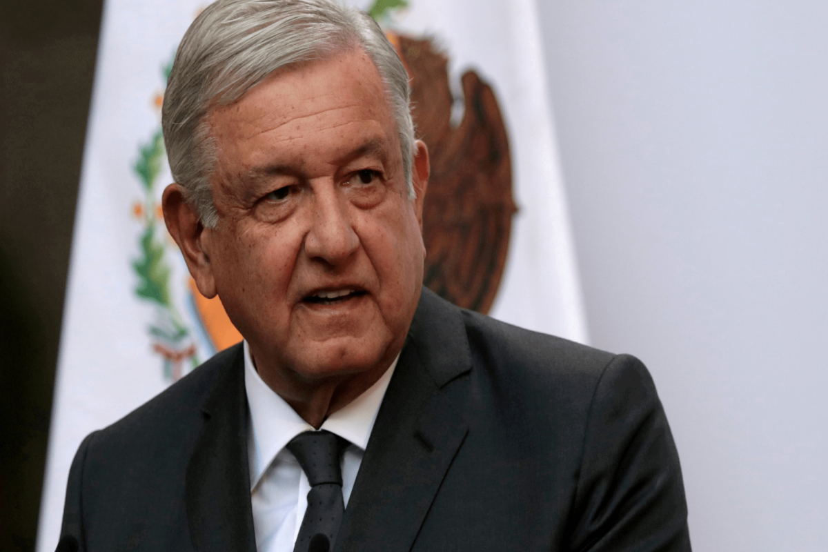 Президент Ильхам Алиев поздравил президента Мексики