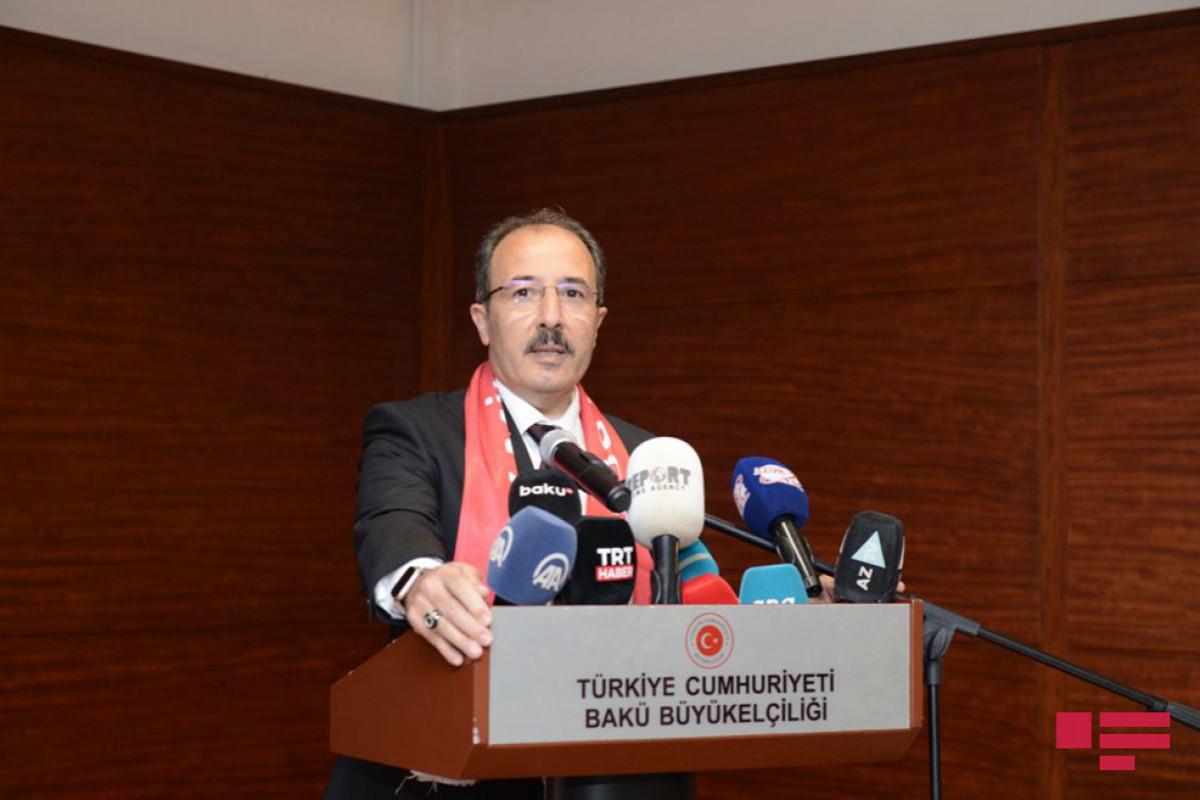 Джахит Багчи: Сегодня мы отдаем дань памяти азербайджанцам, туркам, ставшим шехидами на всех фронтах