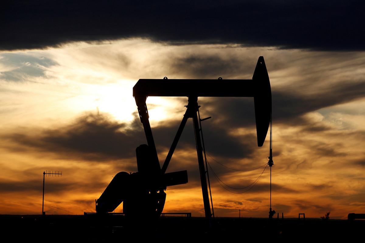 """WTI neftinin qiyməti 73 dollara, """"Brent""""in isə 76 dollara yaxınlaşır"""