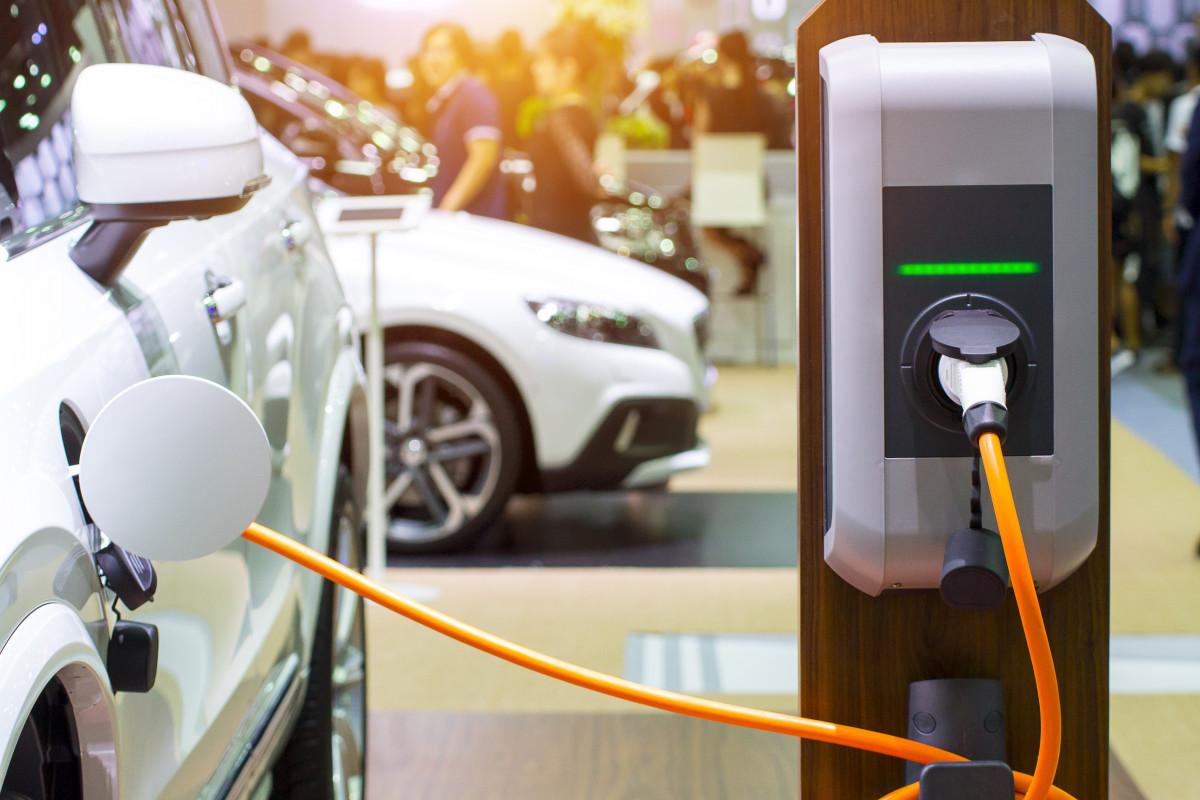 Импорт электромобилей в Азербайджан резко сократился